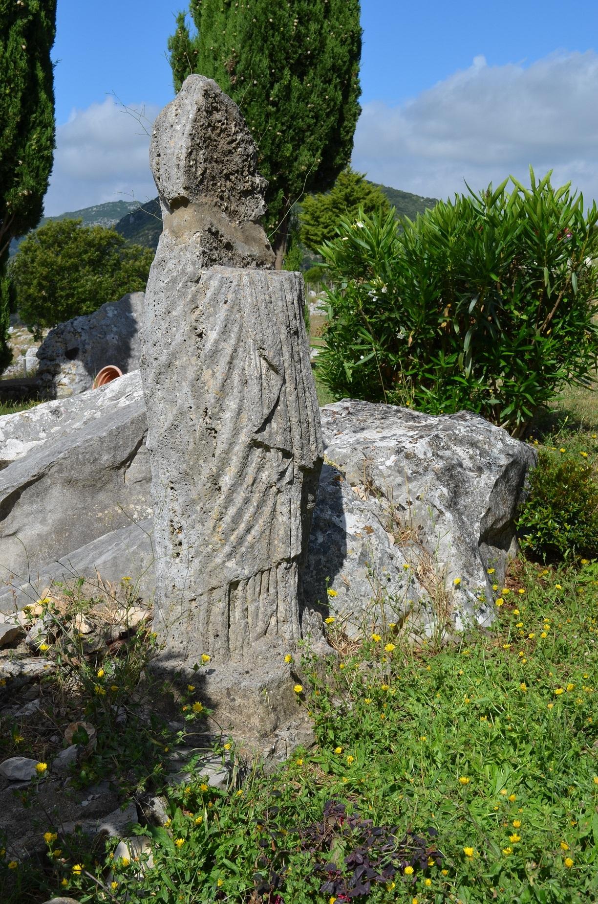 Statua romana rinvenuta in una casa privata