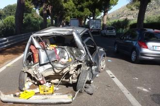 La Fiat 500 dei due anziani