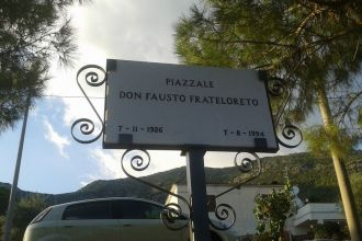 Piazzale Don Fausto Frateloreto. Anxur Tome