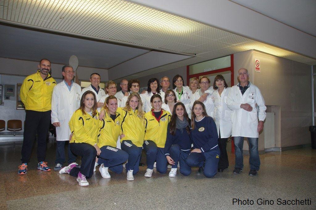 La Pallavolo Futura Terracina '92 visita i degenti dell'ospedale Fiorini. Anxur Time