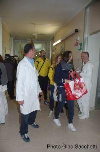 La Pallavolo Futura Terracina '92 visita i degenti dell'Ospedale Fiorini di Terracina