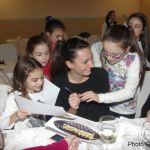 Valeria Luongo firma gli autografi. Anxur Time