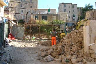 scavi al Teatro Romano di Terracina. Anxur Time