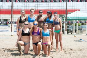 Le atlete del CQR Beach Volley Lazio con Coach Daniela Gattelli