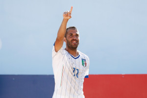 ESPINHO, PORTUGAL - JULY 13: Paolo Palmacci of Italy celebrates scoring a goal during the Group B FIFA Beach Soccer World Cup match between Switzerland and Italy held at Espinho Stadium on July 13, 2015 in Espinho, Portugal. (Photo by Dean Mouhtaropoulos - FIFA/FIFA via Getty Images)