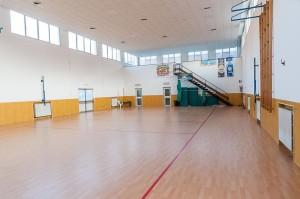 La rinnovata palestra della Scuola G.Manzi di Via Zicchieri.Anxur Time