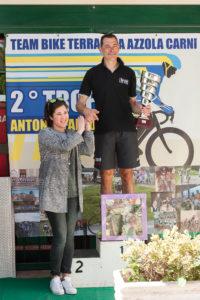 Il vincitore R. Mattei con Maria Alessandra Falcone.