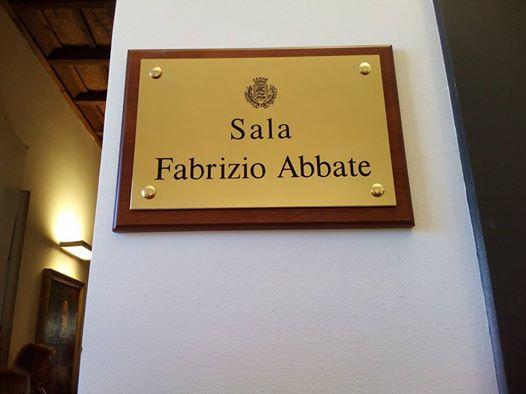 Intitolata a Fabrizio Abbate la Sala Conferenza del Palazzo della Bonifica. anxur time