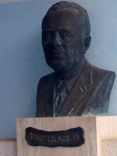 il busto di Mario Colavolpe. anxur time