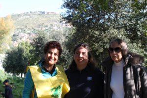 Anna Giannetti(Legambiente) con le due Elisabeth, figlia e moglie del compianto Emilio Selvaggi. anxur time