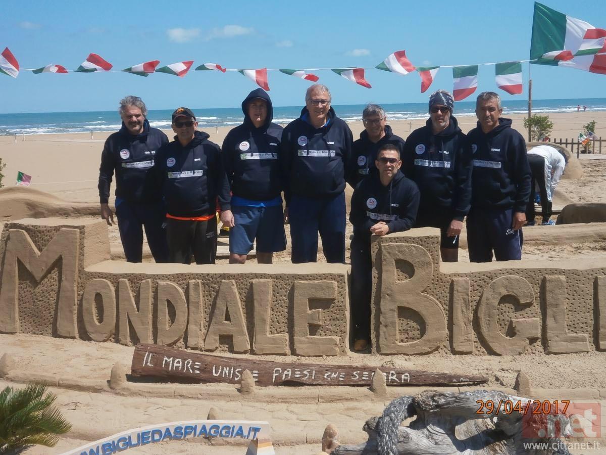 Palline da spiaggia, la squadra di Terracina difende il titolo ai ...